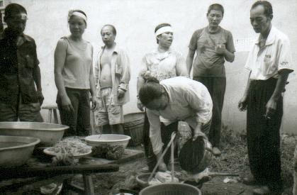 fuli08-ceremoniecommemoration-repaspourdefunt