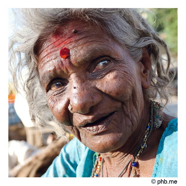 425-mysore-street_market-india2011-novembre