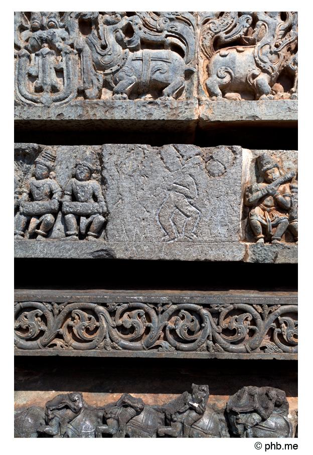 610-hassan-temple_halebidu-india2011-novembre