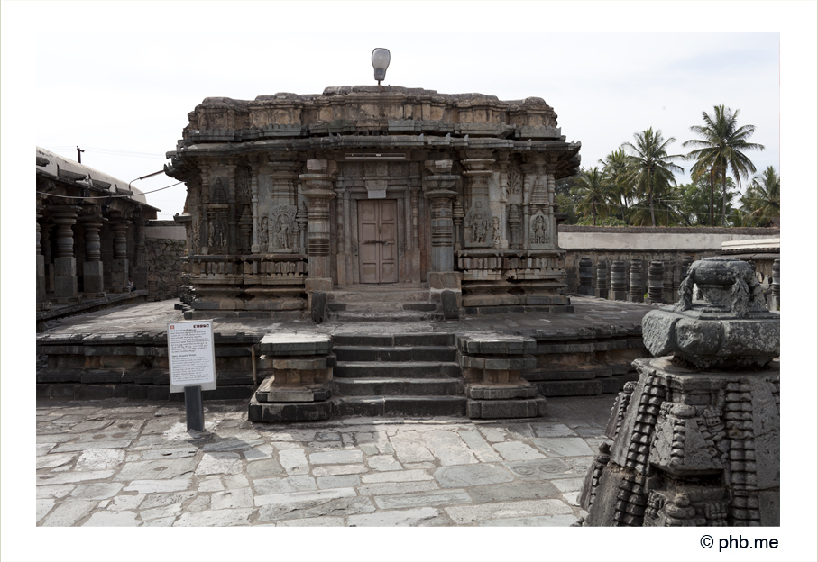 674-hassan-temple_belur-india2011-novembre