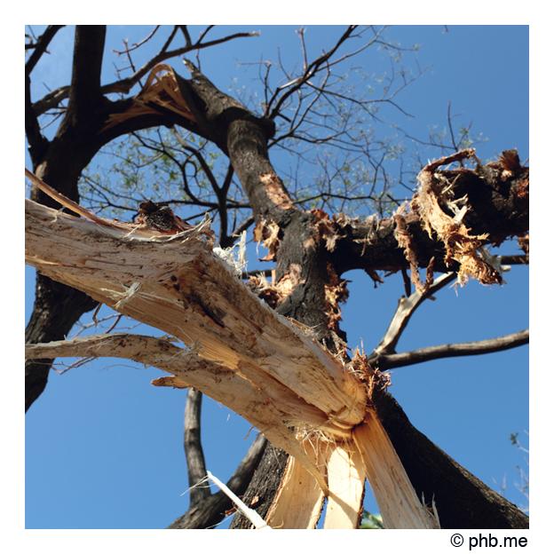 313-cyclone-pondi-india2011-31dec2011