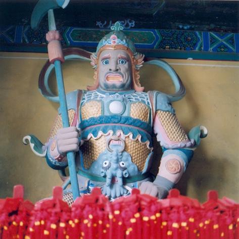 pekin-96-temple-dongyue-si-gardien-1