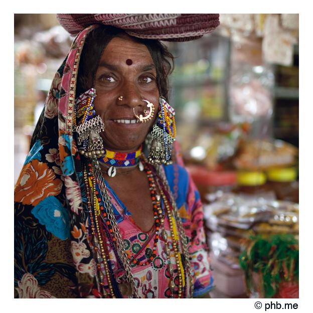 327-bijapur-lambanis-market-india2011-novembre