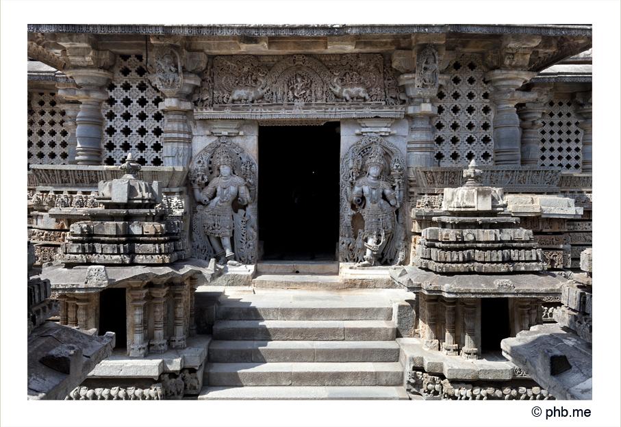 614-hassan-temple_halebidu-india2011-novembre