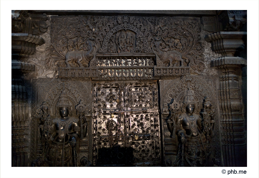 644-hassan-temple_belur-india2011-novembre