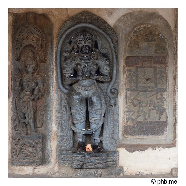 704-hassan-temple_belur-india2011-novembre